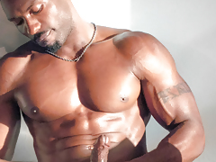 Sexxx Toy keeps it small & loose with a nice impact routine