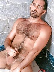Rich Kelly - in Gay Porn Photos