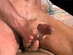 Twink screams from constricted anal screw