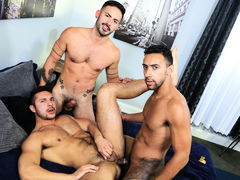 Surprise Big Dick Threeway