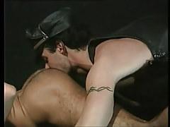 Bear gay guy licks hirsute muscle apple bottoms on floor