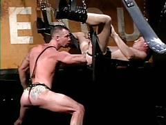 Muscle gay chap deep fistfucks infant chap