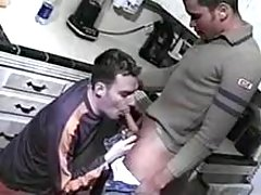 Amateur gays uncover sexual act